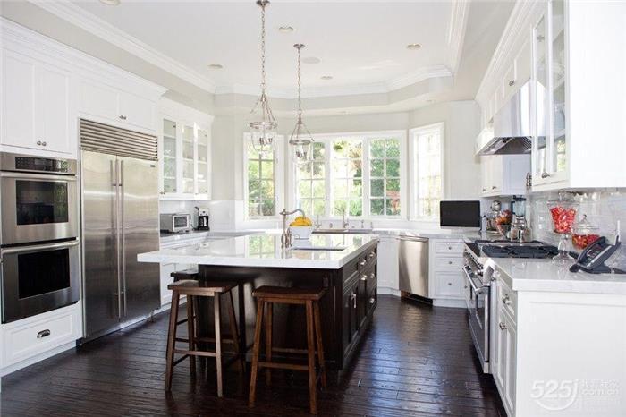厨房空间小 做好规划一样完胜大空间